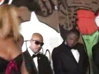 Blonde entertains eight blacks