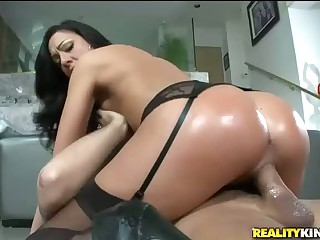 Big Round Ass of Tiffany Brookes  Everywhere Action